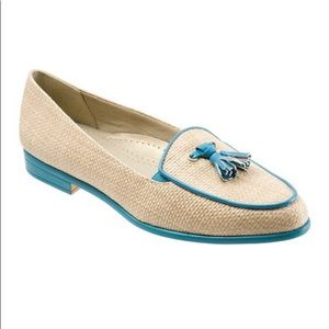 TROTTERS Natural & Turquoise Leana Loafer